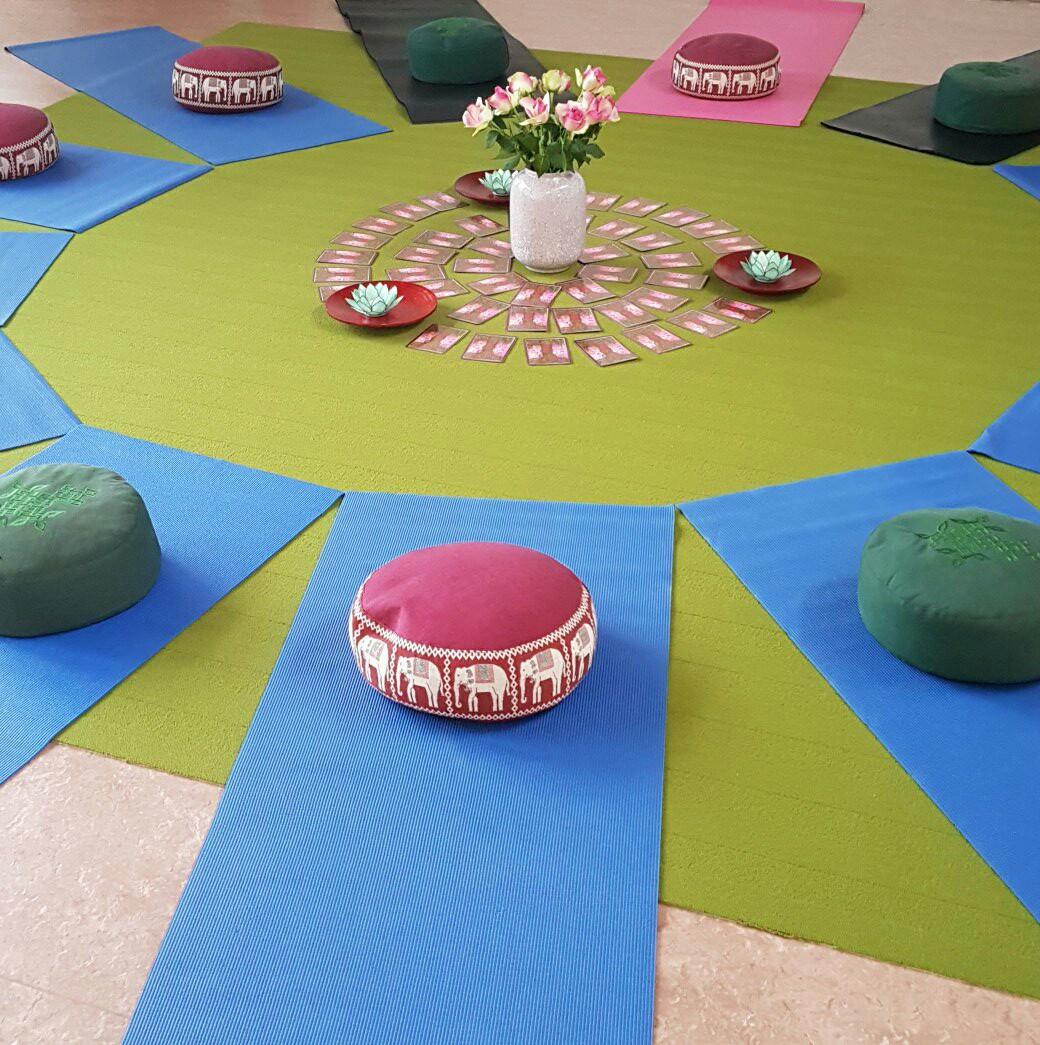> Cursus Stressreductie & Ontspanning via Yoga/Bodystretchings